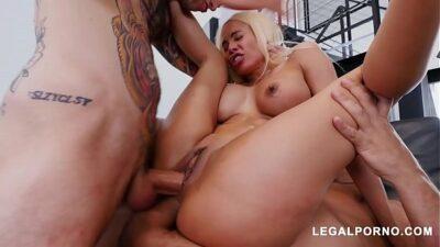 Big Butt Slut Luna Star Gets Her Pussy & Asshole Crammed