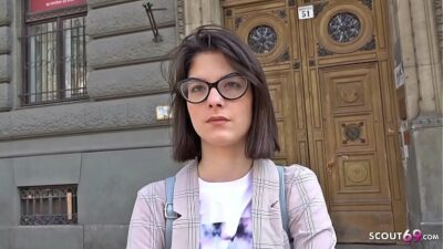 GERMAN SCOUT – 18 Jahre junge Studentin Sara AO Anal gefickt bei echten Casting nach der Uni