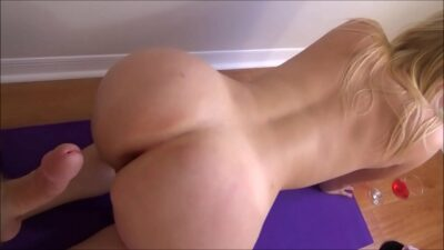 Big Breasted Sister Does Yoga With Little Brother – Family Therapy – Preview