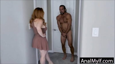 Mom steals daughters BF by offering anal