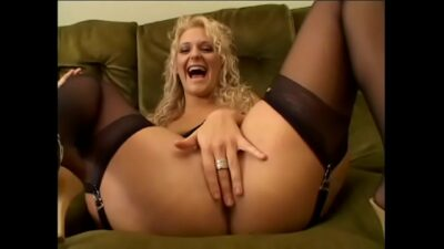 Blonde slut in black stockings Lilli Vanilli gives ass in pov