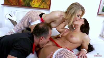 Extreme therapy with Ash Hollywood M.D & Nurse Tyra Moon (short version)