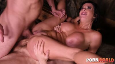 Hardcore pussy and anal double penetration for horny milf Veronica Avluv