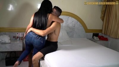 Smoking Hot Bubble Butt Venezuelan Mami Gets Fucked Hard In Her Beautiful Ass Hole