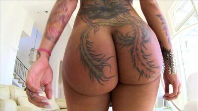 BANGBROS – Big Booty PAWG Bella Bellz Eats A Dick And Enjoys Anal